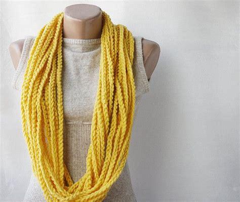 tutorial natalie scarf 26 best keychain images on pinterest amigurumi crochet