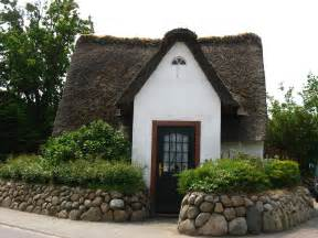 thatched roof houses on cottages fairytale