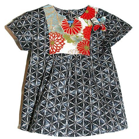 kimono pattern blog using kimono fabric for the hide and seek dress tunic