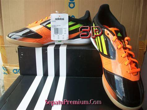Sepatu Bola Adidas Premium adidas f10 in black electric warning sepatu bola