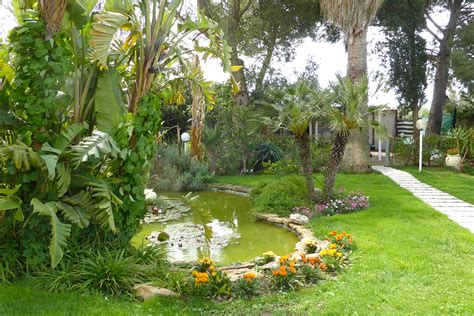 stagno giardino solaris appartamenti vacanze per la tua vacanza a sciacca