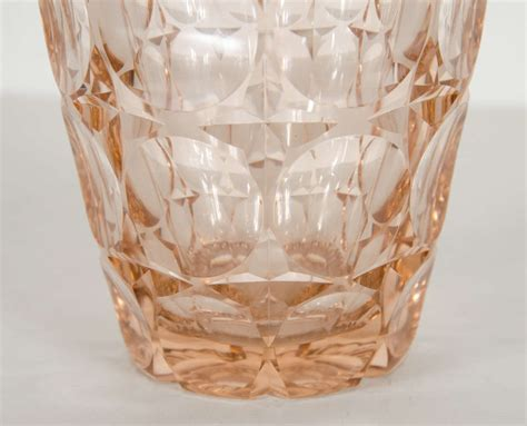 Pale Pink Vase by Deco Pale Pink Glass Vase With Concentric Circle