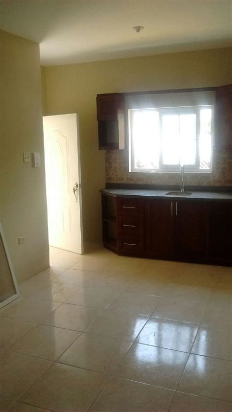 2 bedroom apartment for rent in kingston jamaica 2 bedroom 1 bathroom apartment for rent in rollington town
