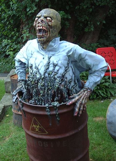 how to make scary halloween decorations at home 33 best scary halloween decorations ideas pictures