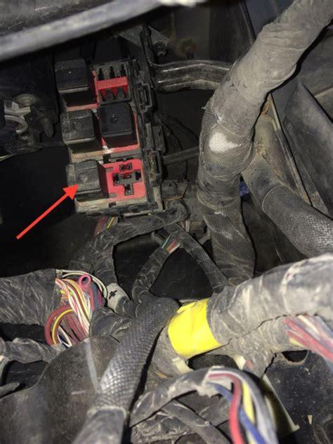 2008 jeep grand cherokee remove charcoal can 2008 jeep compass interior fuse box location brokeasshome com