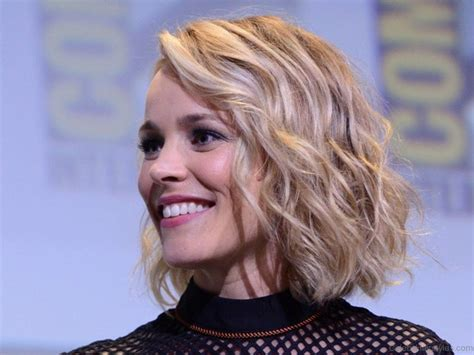rachel greene wavy hair 55 attractive hairstyles of rachel mcadams