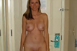 Amateur Milf Naked In Hotel