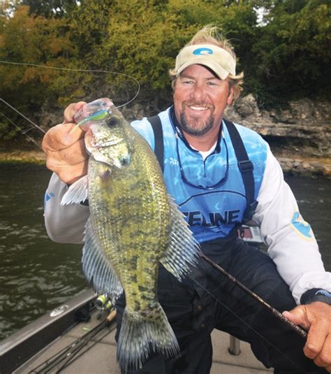 fishing tactics   master crappie guide  fisherman