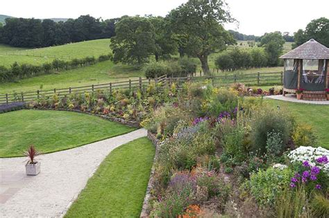 Sloping Garden Design Ideas Uk Garden Designs For Large Gardens Scalebor Park Farm Garden Design Ideas Sloping Garden