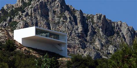 house   cliff  fran silvestre arquitectos highsnobiety