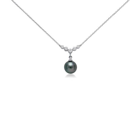 tahitian cultured pearl and necklace in 18k white
