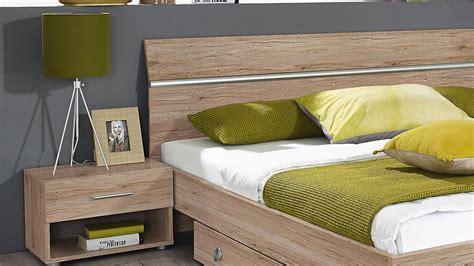 Schlafzimmer Bett Schrank by Schlafzimmer Fellbach Bett Schrank Nako San Remo Eiche Hell