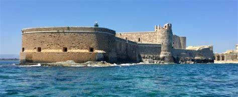 Cemento Stato Sicilia by Siracusa Cemento Armato Davanti Al In Sicilia