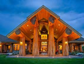 House Plans With Porte Cochere this pioneer log home is really 171 the log builders
