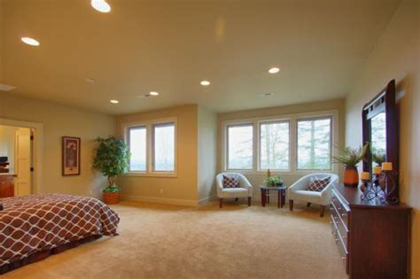 staging a 1924 portland oregon condo to appeal to the custom home in tigard s bull mtn neighborhood is staged