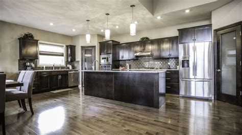 Handcrafted Kitchens - custom kitchen cabinets custom cabinets