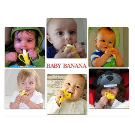Gigitan Bayi 2 In 1 Banana Silicone Teether Desain Menarik mainan gigitan bayi toothbrush baby teether yellow jakartanotebook