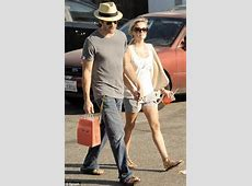 Reese Witherspoon moves on from split with Jake Gyllenhaal ... Reese Witherspoon Ex Husband