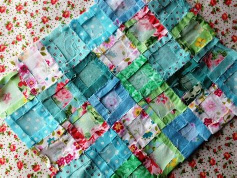dollhouse quilt tutorial handwork while you wait take along projects dollhouse