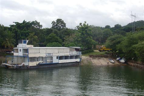 houseboat zambia the houseboat on lake kariba