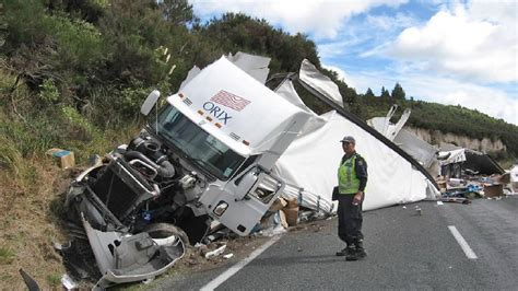 truck crash truck crash images search