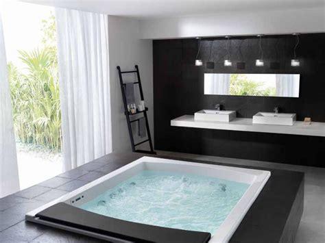 large whirlpool bathtubs big jacuzzi bathtubs large bathroom with whirlpool tub