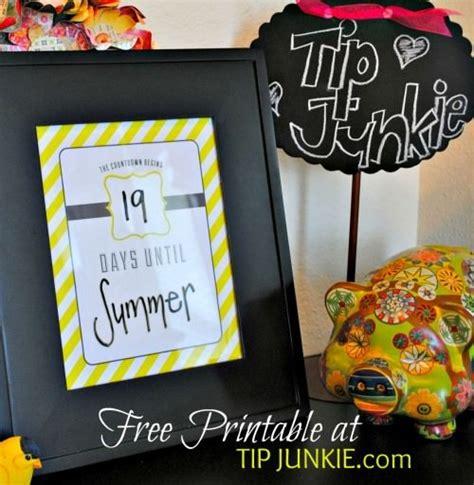 Candy Stripe Count Down Calendar Free Printable Tip Tip Junkie