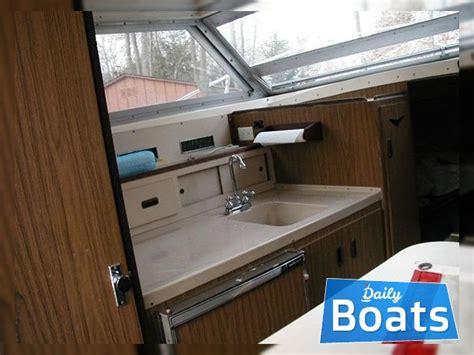 boat diesel prices bertram 28 flybridge diesel for sale daily boats buy