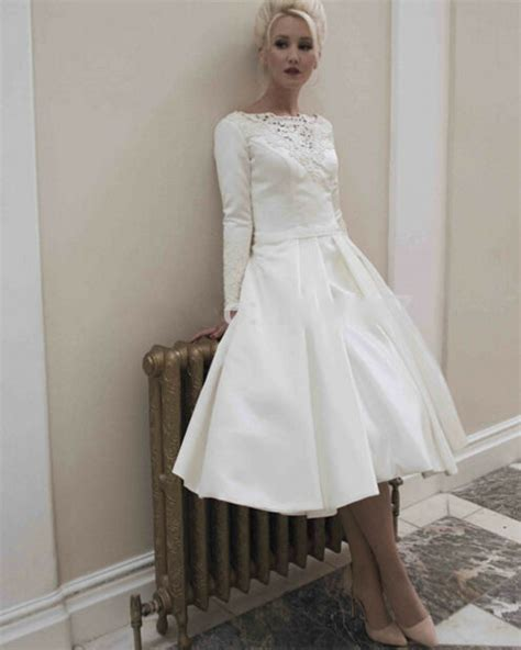 elegant long sleeves satin short wedding dresses
