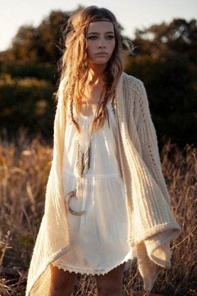 mhaircuta to give an earthy style maquiagem hippie chic anos 70 3 looks passo a passo