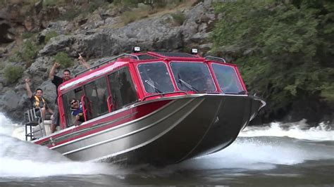 hcm jet boats bohnenk s whitewater customs bwc boat running rapids