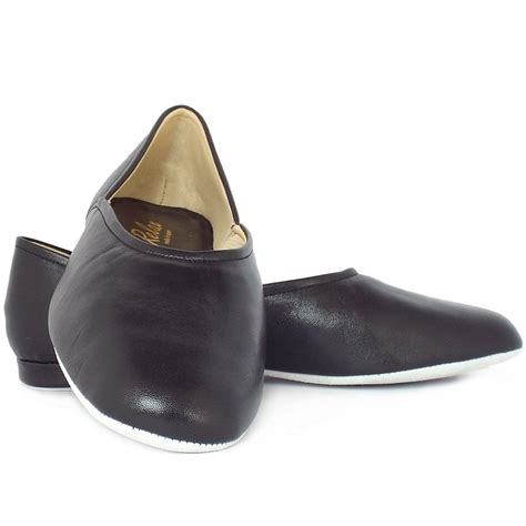 leather house shoes relax slippers grecian men s classic black leather slippers mozimo