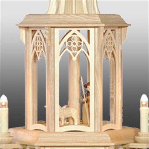 gedrechselte säulen gotische pyramide gedrechselte figuren 3 st 246 ckig