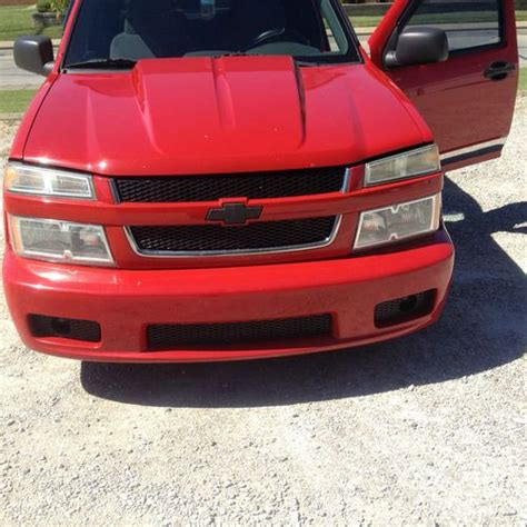 sell   chevy colorado xtreme crew cab victory red
