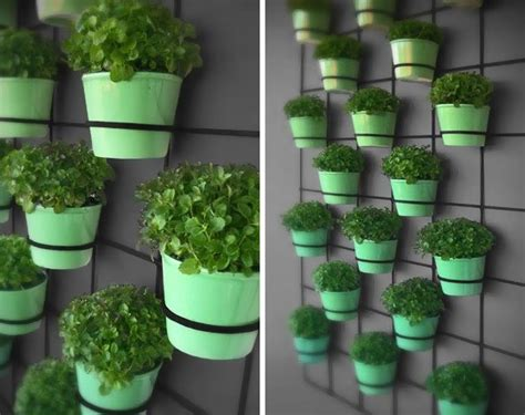 10 Diy Wall Art Projects For The Outdoors Wall Garden Pots