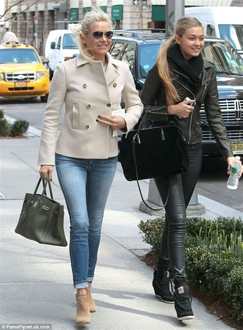 yolanda foster how i raised supermodel daughters the real housewives yolanda foster joins model daughter gigi