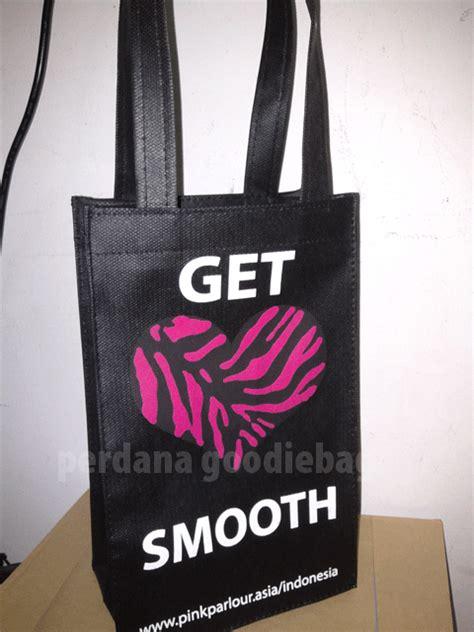 Kain Spunbond Harga jual kain spunbond harga pabrik perdana goodie bag