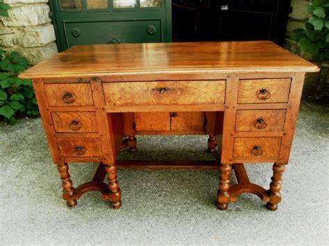 provence bureau provence 18th mazarin bureau desk in walnut for sale