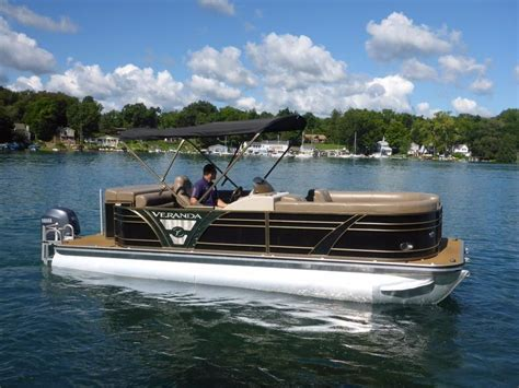 veranda yacht 2013 used veranda v22rl vertex tritoon pontoon boat for