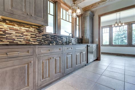 custom kitchen cabinetry woodharbor cabinets and doors