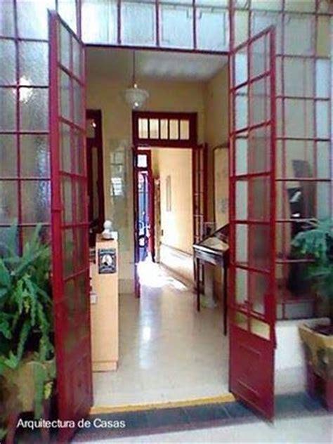 vestibulo de entrada a una vivienda casa chorizo arquitectura popular barata arquitectura de
