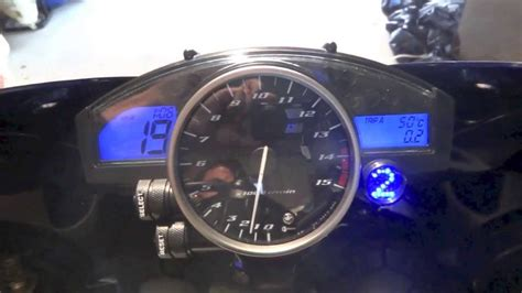 Motorrad Scheinwerfer Tauschen T V by Ganganzeige Yamaha Yzf R1 Rn12 Im Schaltblitz By