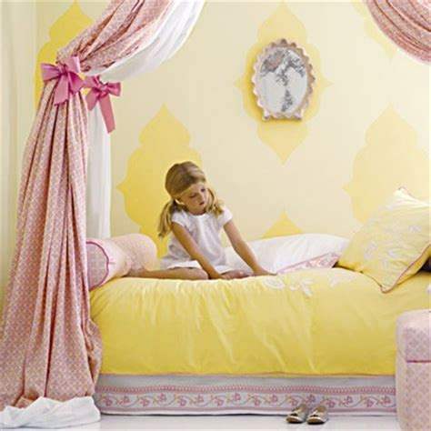 girls bedroom yellow 17 awesome rustic romantic girls room ideas decoholic