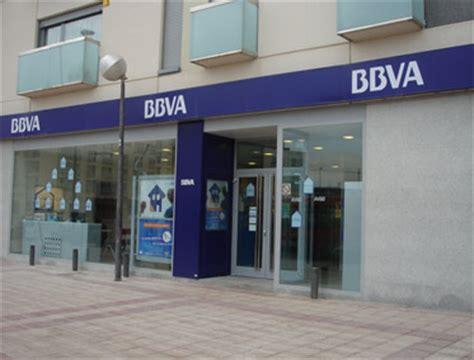 banco bbuva 5 millones de espa 241 oles oficinas bancarias por el
