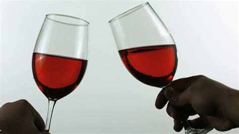 wine glass cheers wine glass cheers imgkid com the image kid has it