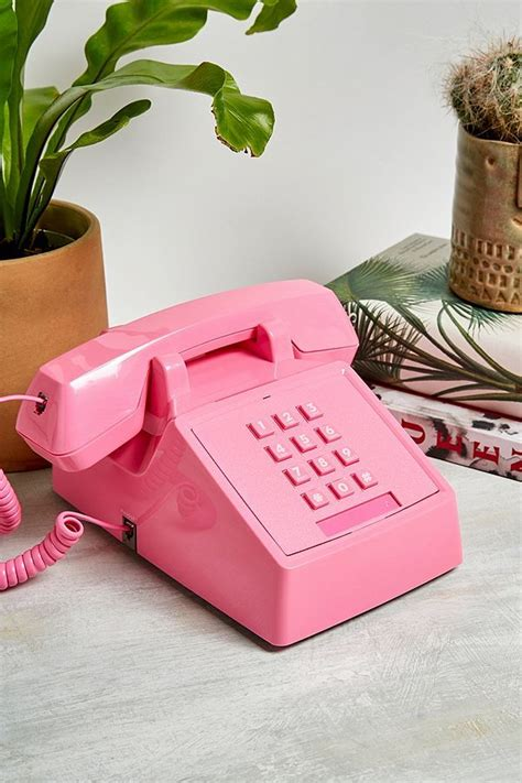 wild wolf telephone  wolf urban outfitters  sonnerie