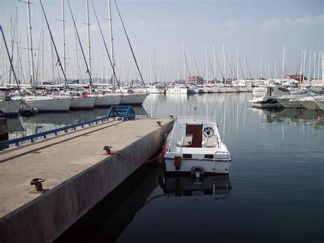 port boat free image boat in port split croatia libreshot