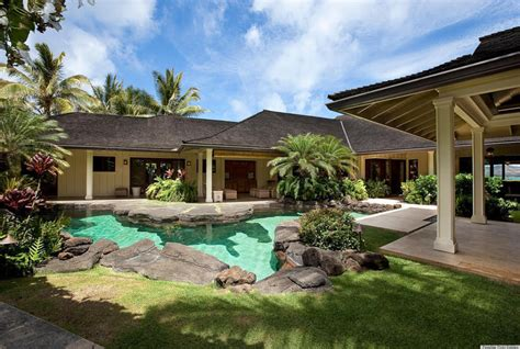 obama hawaii vacation house president obama s vacation home in hawaii wasn t available this year photos