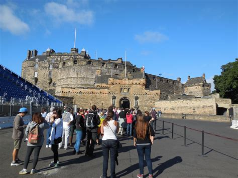 edinburgh a traveller s reader a traveller s companion books time travel edinburgh castle shaun s cracked compass
