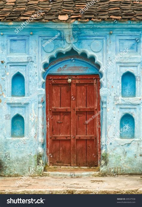 india house music traditional indian house entrance in madhya pradesh stock photo 20537558 shutterstock